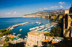 Picture of the Bay of Naples Italy